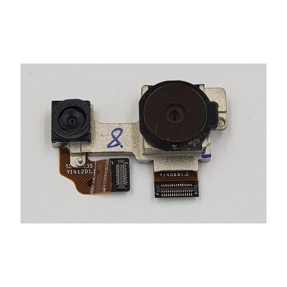 Camera duala spate HTC one M8